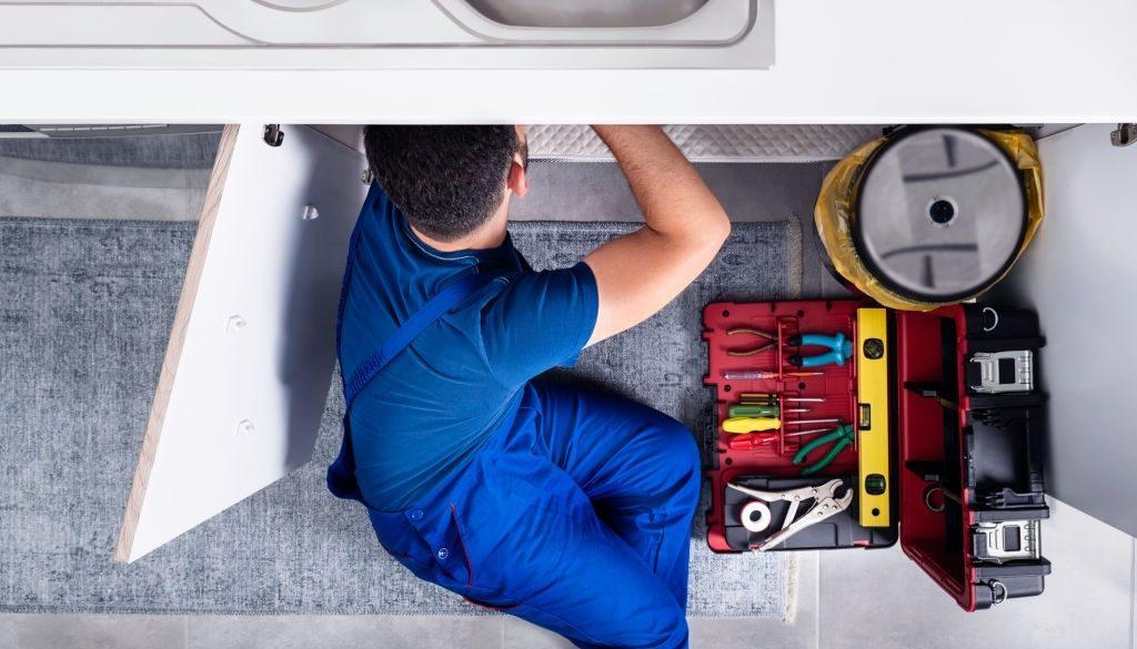 Plumber, Sink, Repairman, Kitchen, Water Pipe